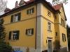 Wohnhaus in Erlangen mit Fenster nach Vorgaben des Denkmalschutz mit Sprossen aus Holz von Reheuser Fensterbau